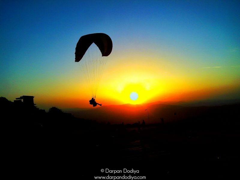 Breathtaking Scene Saputara Paragliding Festival Gujarat Hill Station Photos