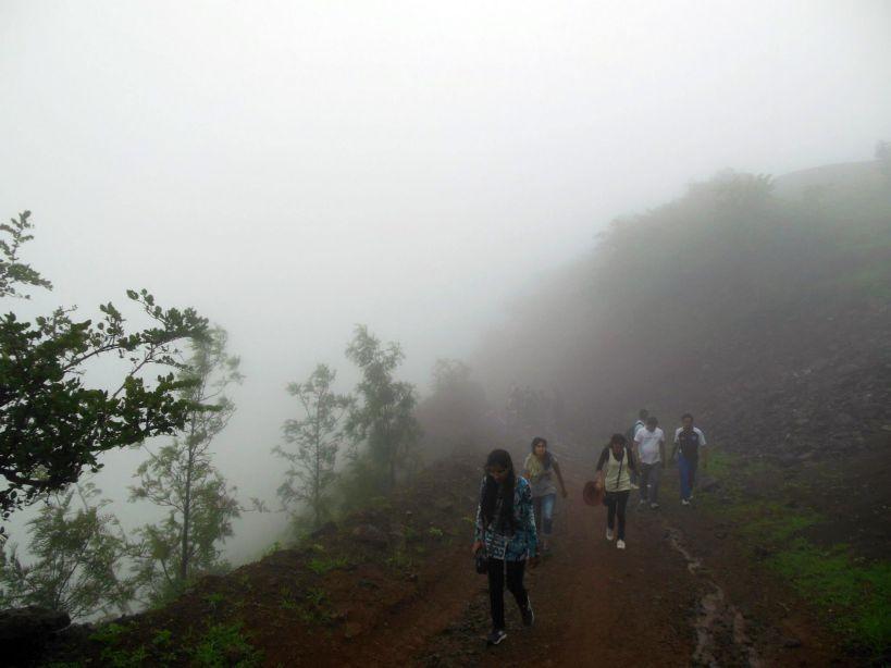Hatgad Fort, Hatgadh, Malher Maharashtra Near Saputara Hill Station - 14