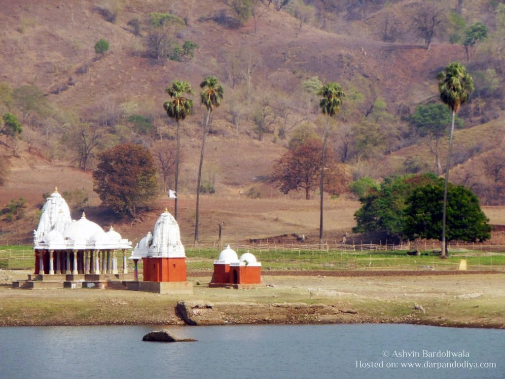 Junaraj Eco Cottage Rajpipala : Village Near Narmada, Gujarat