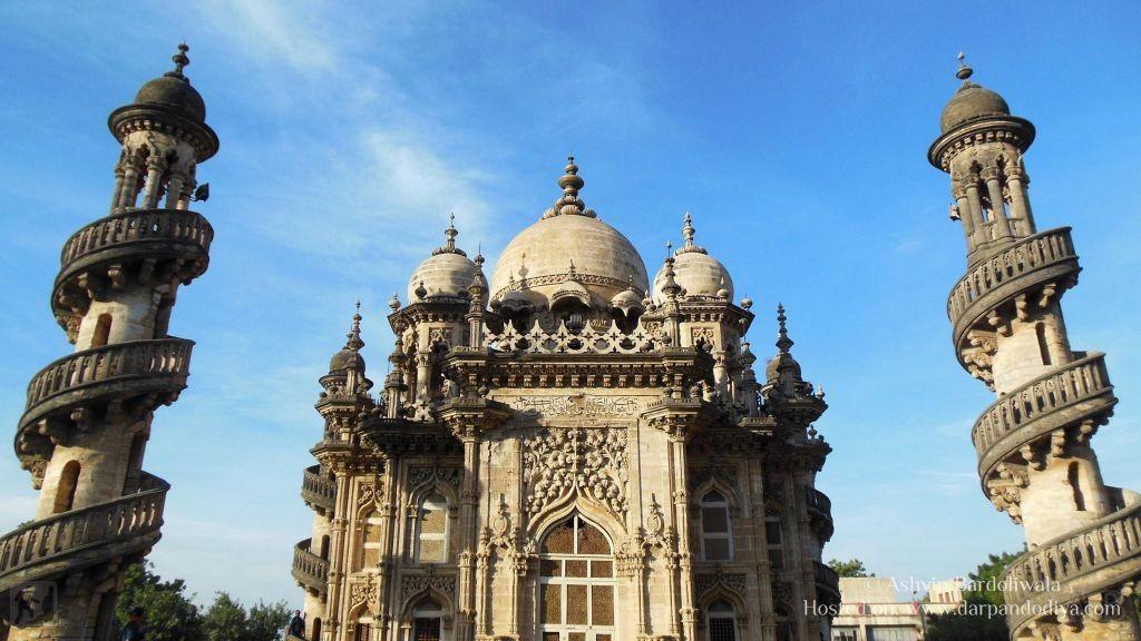 Featured-Mahabat-Maqbara-Mausoleum-Architecture-Makbara-Palace-In-Junagadh-Gujarat