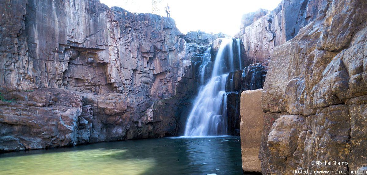 Zarwani Waterfalls Rajpipla, Gujarat Blog Cover